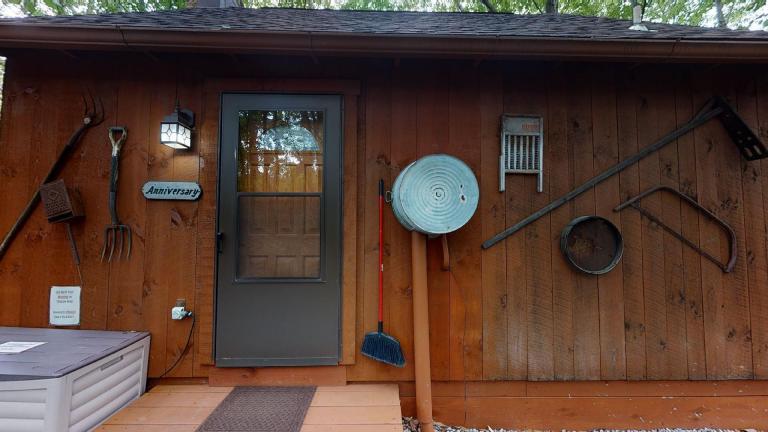 Hocking Hills Cabins Anniversary entrance