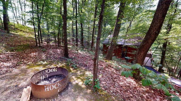Hocking Hills Cabins Sweet Seclusion firepit